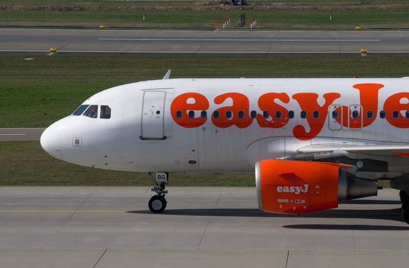 easyjet 2